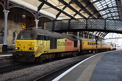 67023 and 67027 at Newcastle (Tom 43299) Tags: newcastle newcastlerailwaystation train colasrail class67 67023 67027