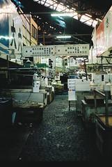 築地市場 (tripl8_i) Tags: tokyo tukiji 東京 築地市場 yashica electo35mc yashinondx 40mm28