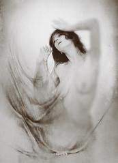 water's women (VII) (ibethmuttis) Tags: water woman artistic work brown nikond300s ibeth