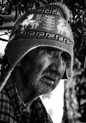 EL HOMBRE DE LA PLAZA (César González Álvarez - Fotografía) Tags: san pedro de atacama chile street portrait