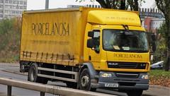 Porcelanosa DAF LF FJ13 XFU (sab89) Tags: hgv trucks truck lorry lorries porcelanosa daf lf fj13 xfu