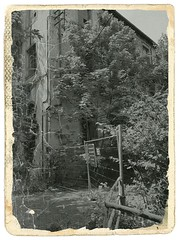 "USINE ""Chantemur"" (breaktime423) Tags: lostplace verlassenes urban forgotten urbexurbanexplorationlostplaceshdrabandonedplacesleerstehendverlassenabandonedrottenplacesindustrielosturbanexplorericurbexdecayoftodayigurbexabandonedseekersrottenfeedbpaurbexlosthospital urbex urbanexploring abandoned factory"