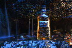 Highland Park 12 Year Old Viking Honour Whisky (Iyhon Chiu) Tags: highlandpark vikinghonour whisky taiwan wulai wine bottle 12yearold 台灣 烏來 酒 威士忌 瓶 scotch wild