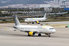 Airbus A320-214 EC-MBY Vueling (msd_aviation) Tags: airbus a320 airbus320 a320214 a320232 eclqn ecmby vueling airlines lebl barcelona bcn elprat airport aviation aviationpics aviationfans aviationlovers aviation4u spotting spotters airplane planespotting