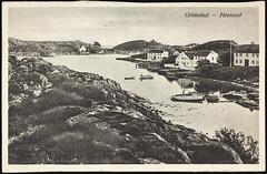 Postkort fra Agder (Avtrykket) Tags: bolighus brygge båt hus postkort pram sjekte sjø uthavn grimstad austagder norway nor