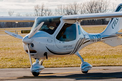 N678P - Flight Design CTLSi (Victor Dvorak) Tags: flightdesigngmbh ctlsi grimesfield urbana ohio i74 aviation airplane lightsport aircraft flying planespotting aviationphotography generalaviation nikon d300s 80400mmf4556ded