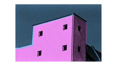 gwb | pinkcity (stoha) Tags: pink city gwb germany germania deutschland berlin duitsland tysk rosa stadt stoha soh pentax ilford hp5plus400 guesseberlin gwbbergfels reinickendorf berlinreinickendorf nord emmentalerstr