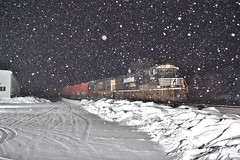 Norfolk snowy (gsebenste) Tags: canadiannational norfolksouthern csx csxt m337 trains night snow genoa illinois