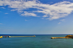 Entrance to the port. (Siuloon) Tags: malta maltese malte valletta port harbor water blue color canon canoneos5dmarkii