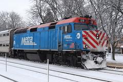 Metra 119 stopped at Stone Avenue (aquascissors) Tags: bnsf trains train railroad railway rail railfanning railfan chicago westsuburbs bnsfchicago bnsfchicagosub emd electromotive f40ph f40ph2 metra lagrange lagrangestoneavenue stoneavenue lagrangeil