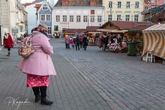 B38A4300.jpg (pka78-2) Tags: streetphotography httpsekakuvafi tallin oldtown winter old tallinn httpspetrikajanderinfo tourist cold httpskajanderinfo town architechture