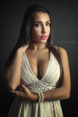 Daniella (Moments by Xag) Tags: portrait posado estudio brunette model modelo moda madrid mujer mirada morena sexy sesion sensual sensuality d610 dress vestido glamour fashion female femenina face eyes ojos nikon flash momentsbyxag