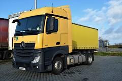 DSC_0008 (richellis1978) Tags: truck lorry haulage transport logistics cannock mercedes benz actros mp4 pl polish lowliner wgm8rc3