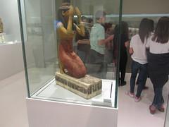 Praying Egyptian figure, CaixaForum, Madrid June 2018 (d.kevan) Tags: exhibitions caixaforum ancientinstruments displaycabinets june2018 madrid spain exhibits figures egyptian praying
