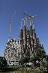 IMG_1557 (chazheng) Tags: la sagrada familia barcelona spain europe city canon culture history art centuries traditions architects landscape famous wonderful interesting perspective flickr attraction building fullframe street people