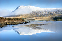 Glendowan (Pauric Ward) Tags: glendowan mountains donegal ireland snow lake crisp clear blue reflection