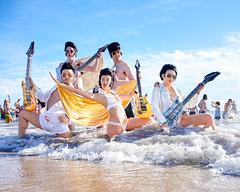A flock of Elvis (mkc609) Tags: urban candid nyc newyork newyorkcity coneyisland coneyislandpolarbearclubnewyearsswim brooklyn elvis beach guitar nikon z6