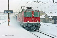 Re 11174 im Schneesturm, PC280962-2 (Swiss Railway Photography) Tags: ic schneesturm sbb burgdorf snowstorm re44 intercity
