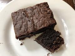 Java House brownie (prondis_in_kenya) Tags: kenya nairobi colddryseason javahouse cafe restaurant brownie