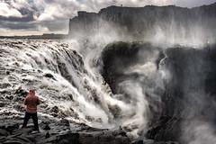 Dettifoss (Bernd Thaller) Tags: norðurþing norðurlandeystra island is dettifoss waterfall landscape man figure backlight water spray mist mountain river jökulsááfjöllum iceland