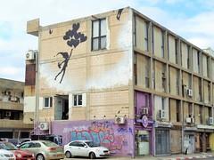 "💭🎈 ""Balloon Escape"" - Florentin, Tel-Aviv - [ISRAEL] (Vagabundler) Tags: graffitiart telaviv israel streetart graffiti graffitiwall grafflife"