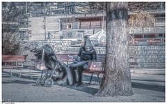 Babysitter und Freiluftbüro / Babysitter and open-air office (Reto Previtali) Tags: menschen suisse switzerland schweiz lugano ticino tessin office büro arbeiten babysitter kinder children baum tree park winter bank outside architektur haus house frau people nikon nikkor flickr digital coth5 art national home countryside life leben happy newyork couple feet tamron