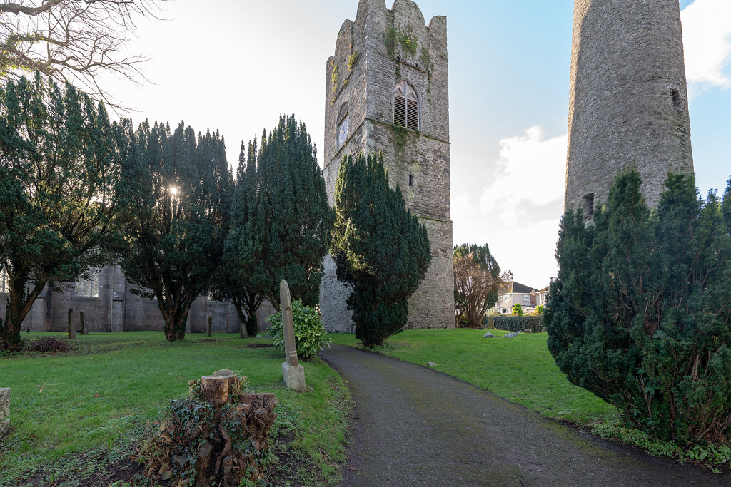ST COLUMBA'S CHURCH AND GROUNDS IN SWORDS COUNTY DUBLIN [CHURCH ROAD]-148777
