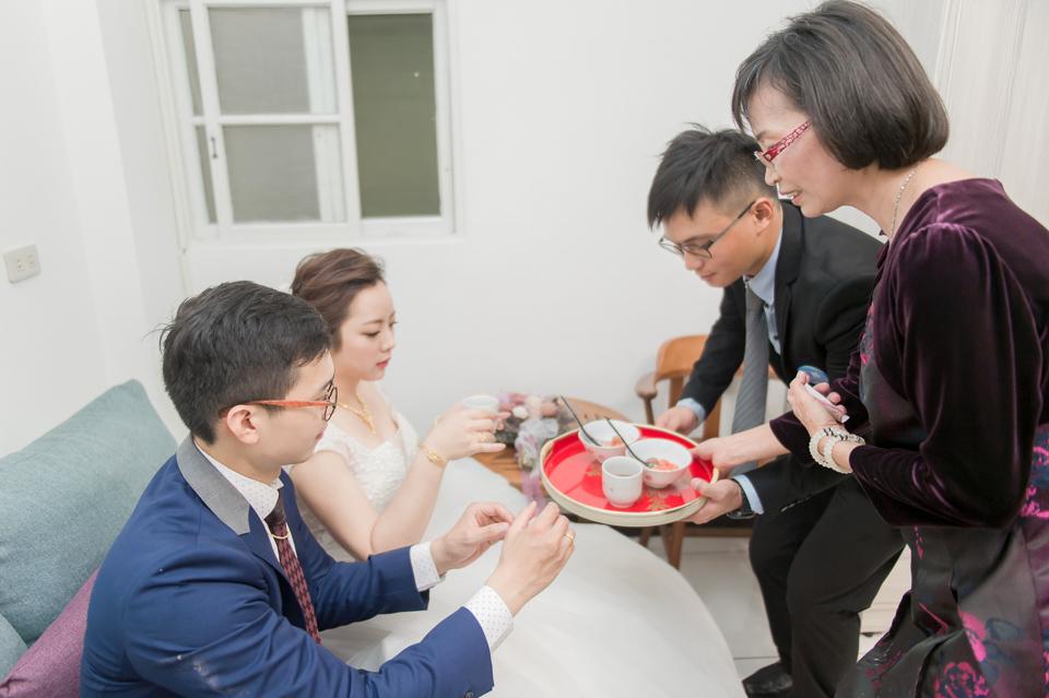 台南東東宴會式場 婚宴 走在幸福的紅毯上 R & B 084