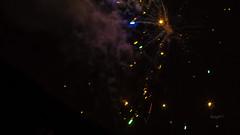Der Uhr-Knall (1.1.19 00:00 Uhr)  // SAMYANG 1,4/85 (seyf\ART) Tags: samyang1485 winter firework feuerwerk colorful night dark