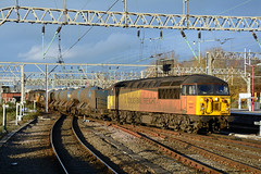 56078 3S71 Crewe (British Rail 1980s and 1990s) Tags: train rail railway loco locomotive lmr londonmidlandregion mainline wcml westcoastmainline livery liveried traction diesel station rhtt sandite railheadtreatmenttrain 3s71 br britishrail grid type5 colas railfreight freight 56 class56 56078 56087 crewe cheshire