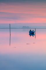 LAN0262 (pixFINEART) Tags: ria aveiro portugal boat sunrise lagoon murtosa reflections water
