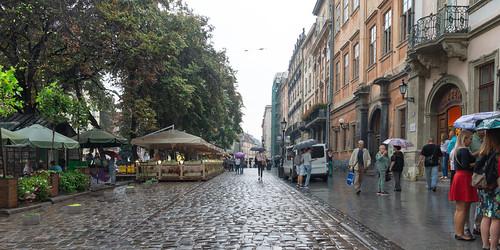 La Place du marché un jour de pluie