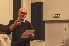 15 Klubbens første formand Preben Christensen holder tale (Hobro Børne- og Ungdomsfilmklub) Tags: hobro børne og ungdomsfilmklub filmklub jubilæum fest