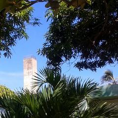 El reloj de Naiguata.  C I E L O S / Sky  #Naiguata #nubes  #clouds  #playa  #ElNacionalWeb  #sky  #lookingforTheSunshine #colours   #sea  #beach   #nature  #skyconcepto #ig_vargas_ (skyconcepto) Tags: instagramapp square squareformat iphoneography uploaded:by=instagram