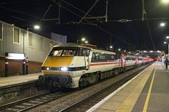 91119 - 1D21 - Peterborough - 06.01.2019 (Tom Watson 70013) Tags: lner intercity class91 91119 bounds green depot 1977 2017 peterborough station electric night dark 1d21