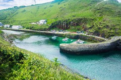 Secluded Harbour (Geordie_Snapper) Tags: boscastleharbour canon1635mm canon5d4 cornwall holidayboscastle june summer