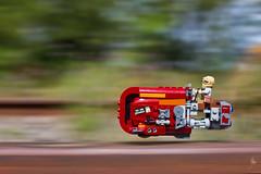 Rey's Speeder (2017) #TBT (Ballou34) Tags: 2016 650d afol ballou34 canon eos eos650d flickr lego legographer legography minifigures photography rebelt4i stuckinplastic t4i toy toyphotography toys rebel stuck in plastic star wars rey speeder jedi rail motion