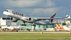 A7-ALB (AnDyMHoLdEn) Tags: qatar a350 oneworld egcc airport manchester manchesterairport 23r