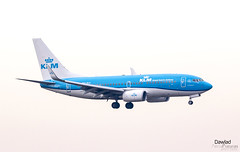 Boeing 737 PH-BGI de KLM (Dawlad Ast) Tags: aeropuerto internacional madrid barajas lemd international airport españa spain diciembre december 2018 avion plane airplane aircraft spotting adolfo suarez boeing 7377k2 phbgi klm sn 30364 b737 737700 737
