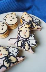 Tintin Macarons (Erika Low Yue Huan) Tags: tintin adventuresoftintin georgesremi herge snowy tintinmacarons macaronart foodart art drawing comic tribute macaron macarons dessert baking recipe food illustrations