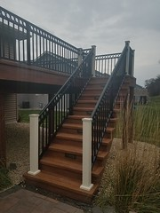 20181103_092247 (Green Oasis Landscapes) Tags: zuri walnut composite pvc deck steps 8 riser lights ntd westbury c30 riviera railing graf