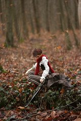 Tracking (Mamzelle Follow) Tags: jay steampunk doll bjd loongsoulbody ansbanse anothersecret forest woods sword