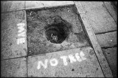 Tenderloin, San Francisco (icki) Tags: blackandwhite october2018 ca california street sanfrancisco nopeople tenderloin