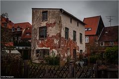 renovierungsbedürftig (geka_photo) Tags: gekaphoto mölln schleswigholstein deutschland haus renovierungsbedürftig