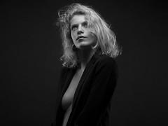 Clementine (Pierre Beteille) Tags: portrait model modèle noiretblanc blackandwhite blonde classic studio toulouse