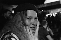IMG_0007 (cestlameremichel) Tags: kodak tmax p3200 3200 asa party night analog analogica analogue film 35mm minolta dynax 40 pellicule argentique black white monochrome monochromatique bnw noir et blanc