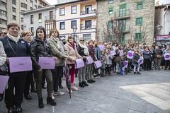 Alrededor de 200 personas congregadas en la plaza Cardenal Orbe para decir NO al machismo.