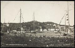Postkort fra Agder (Avtrykket) Tags: bolighus havn hus postkort regatta seilbåt sommer grimstad austagder norway nor