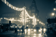 Glasgow at Christmas (rsthomas9) Tags: glasgow scotland christmas lights urban monochrome gearge square sony a7