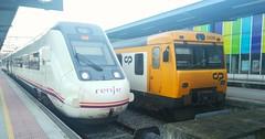 Renfe & CP (javivillanuevarico) Tags: renfe cp portugal vigo galicia trenes navidad